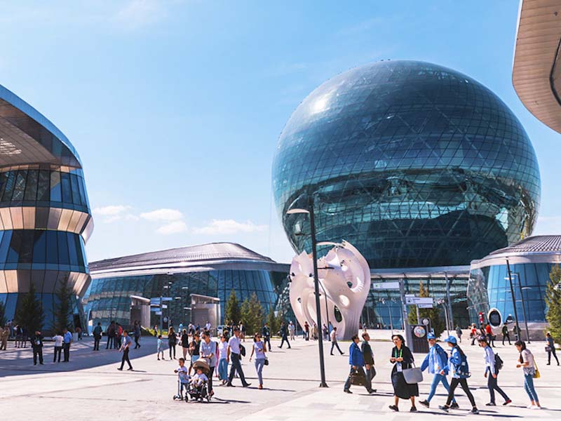 Visite du Jury international à l'Expo 2017 Astana
