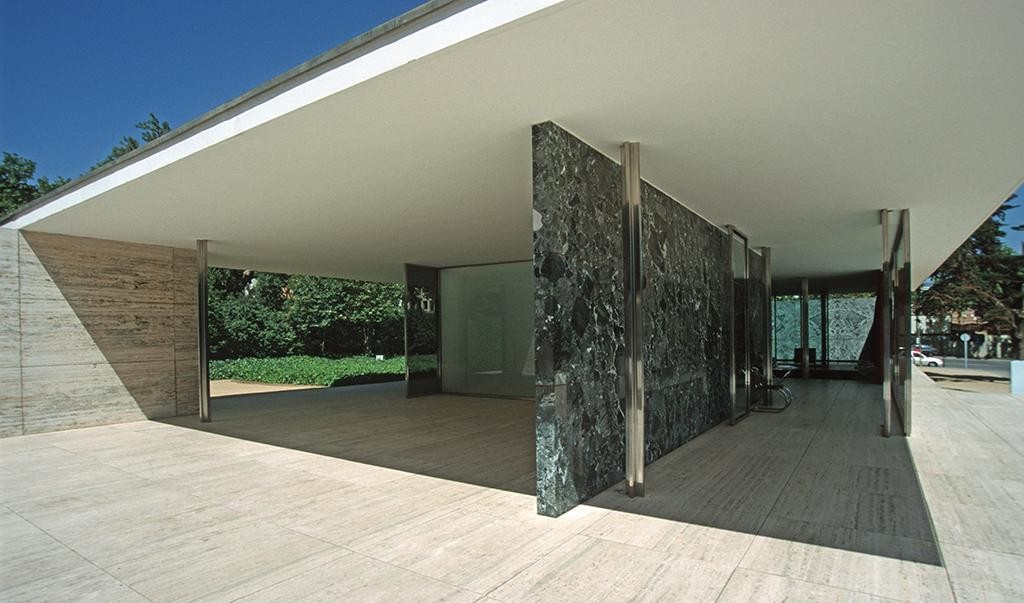 Barcelona celebrates the 30th anniversary of the reconstruction of the Mies van der Rohe's pavilion